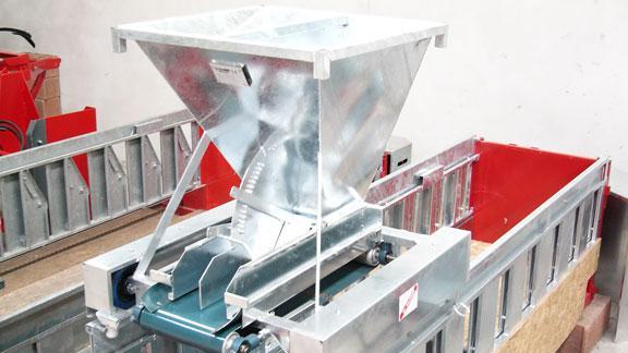 Distributeurs d 39 aliments sur tapis ovins caprins galonnier - Tapis alimentation ovin occasion ...